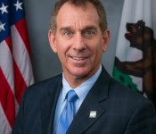Official Photo - Assemblymember Bob Wieckowski